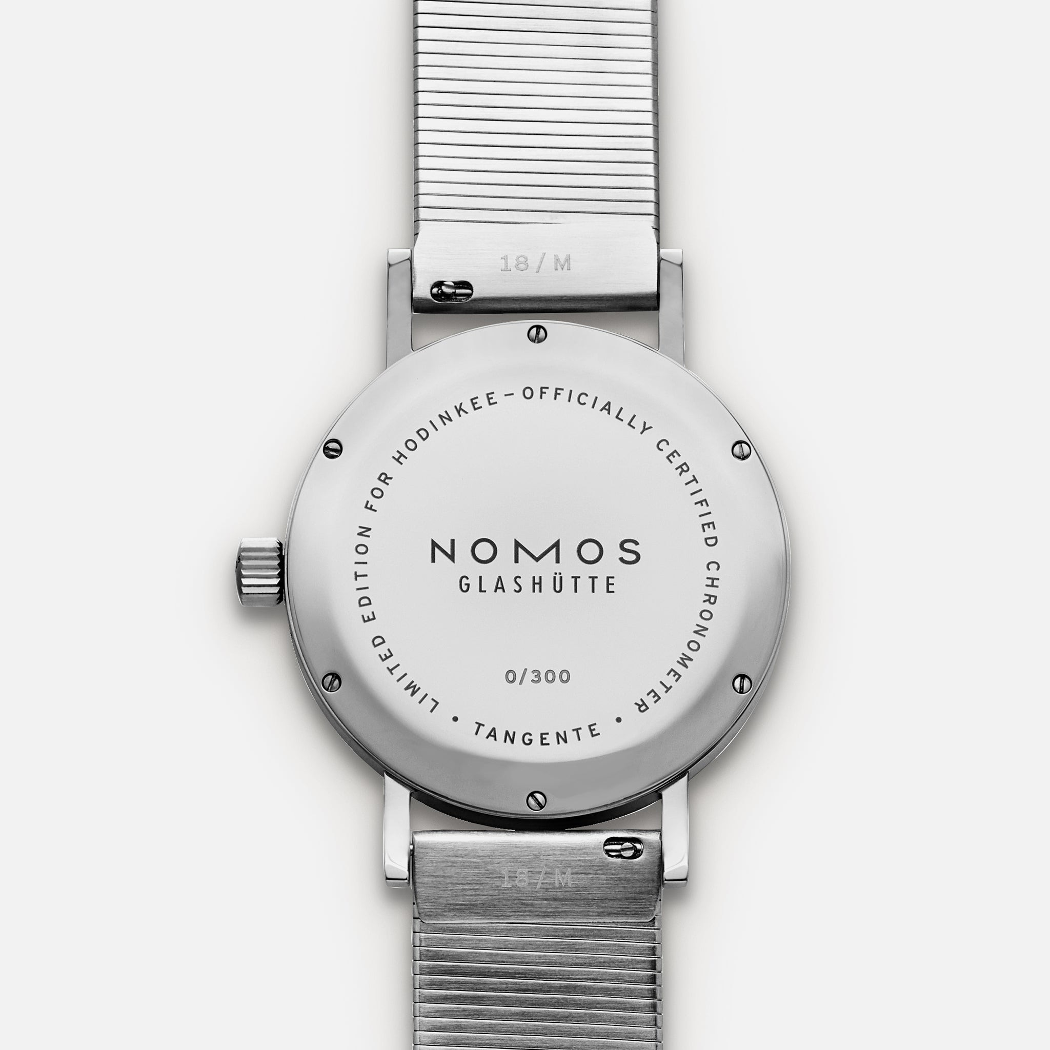 https://hodinkee-shopify.imgix.net/s/files/1/0146/0732/products/LE-Nomos-Natback_2048x2048.jpg?v=1575990281&auto=format&fit=max&q=88&ixlib=react-8.4.0&w=530